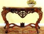Vyřezávaný konzolový stůl