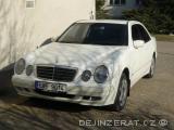 Mercedes E 320 4matic v perfektním stavu
